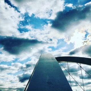 武漢風邪予防のために歩く朝橋の向いは文殊の浄土【石橋】